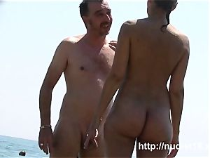 i enjoy to be nude on the nude beach