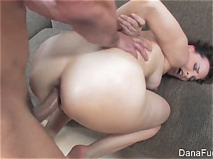 Dana DeArmond gets an rectal ravaging on the sofa
