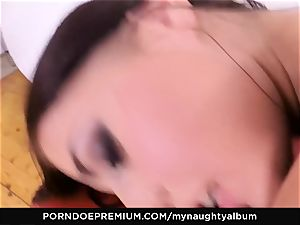 MY naughty ALBUM - Model Eveline Dellai muddy facial
