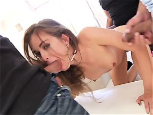Riley Reid gets her throat filled with firm wood