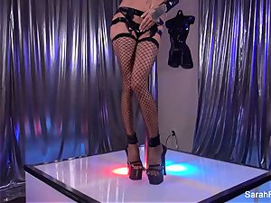Stripper Sarah takes a ample prick from a customer