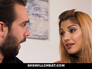 SheWillCheat - super-fucking-hot hotwife wifey revenge penetrating