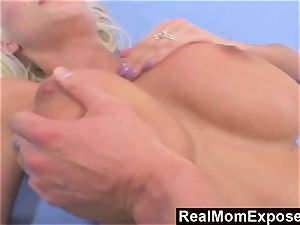 RealMomExposed satisfy penetrate My phat breasted mom
