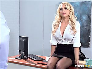 beautiful office honey Alix Lynx takes a 2nd helping