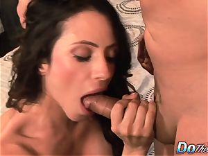 cheating wifey Ariella Ferrara shag man
