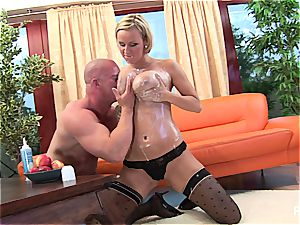 pulverizing a buxomy milf in the rump
