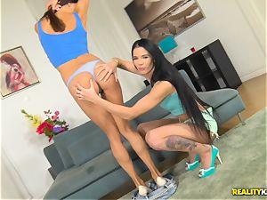 Lovenia Lux and Roxy Dee wild beaver munching and stiff vulva thrashing 4some