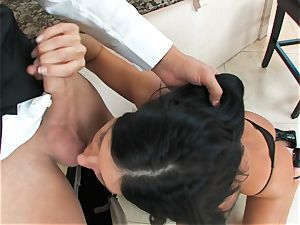 India Summers, dark-haired nude cockslut, takes ginormous sausage on her lips in suck off