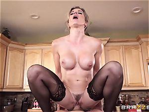 Cory haunt dives her vulva onto Xanders yam-sized beef whistle