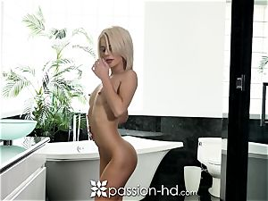 PASSION-HD Bathtime enjoyment penetrate with taut puss nubile
