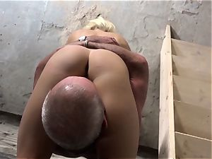 grandpa romps nubile platinum-blonde eats vagina slurps gigantic cum shot