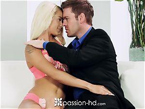 PASSION-HD Mid masturbation smash with Elsa Jean