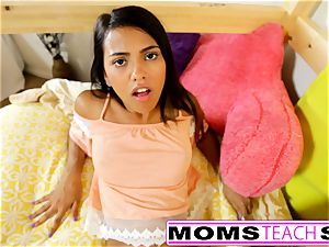 MomsTeachSex - mummy And daughter-in-law have fun With father Gone