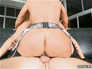 yam-sized culo sweethearts Rachel Starr and Bella Reese