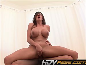 HDVPass huge-chested stunner Ariella Ferrera Gets Down