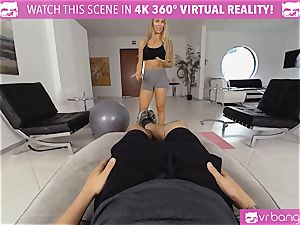 VR PORN-Nicole Aniston Gets humped firm and deep-throats