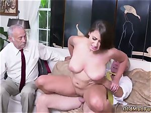 fur covered at work inexperienced Ivy makes an impression with her enormous knockers and ass